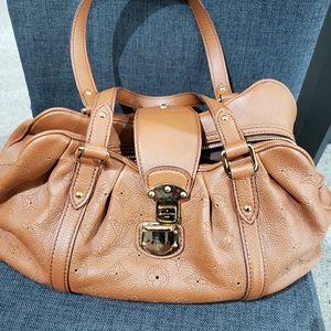 Louis Vuitton Bags - Louis Vuitton Mahina Lunar purse